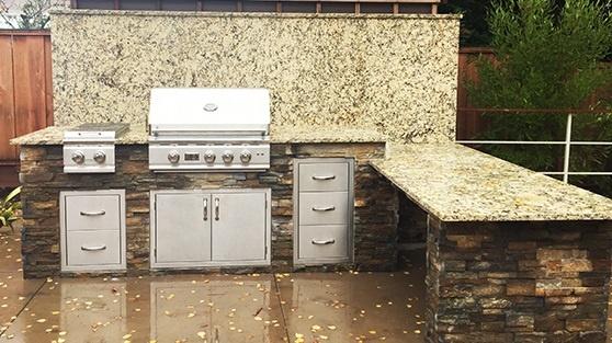 granite countertop outdoor kitchen