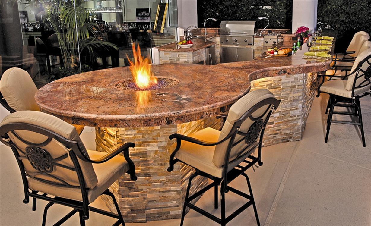 Custom Outdoor Kitchen Design California