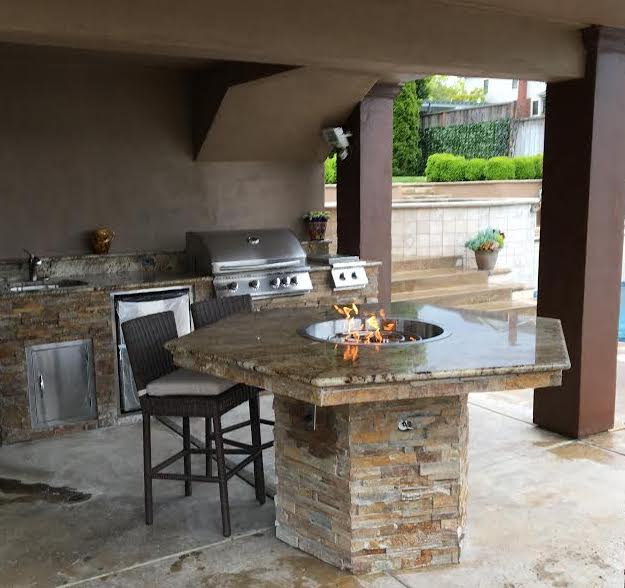 Fire Table and Outdoor Kitchen