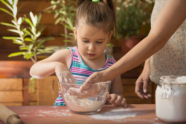 Teaching child to cook