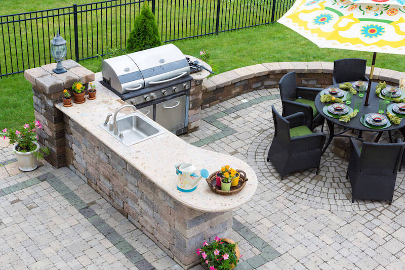 Outdoor kitchen patio and grill